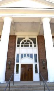 Gordon College Chapel - Beverly Glass