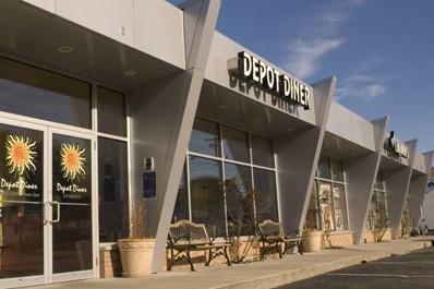Depot Diner - Beverly Glass