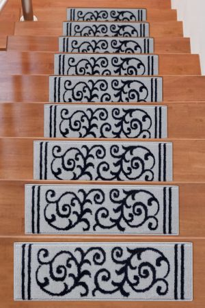 Beverly Rug Soft Rug Stair Treads Floral Design - Navy