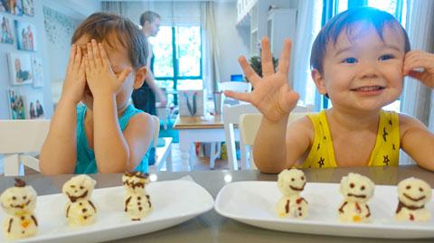 Muji Homemade Snowmen for Christmas
