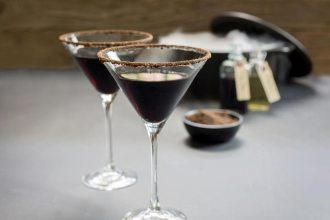 witchs-hat-cocktail-web-credit-Sam-Henderson
