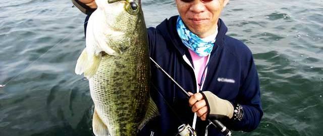 琵琶湖バスフィッシングガイドリポート~今野様~ 49cm 20