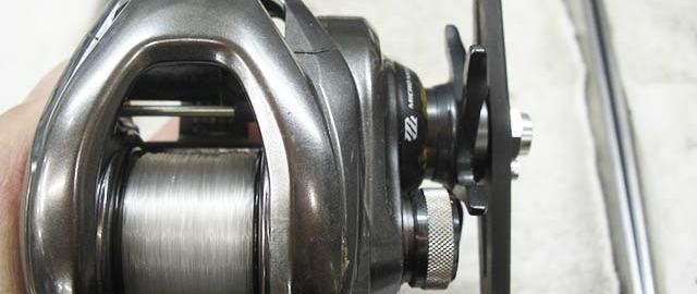 シマノ 15 メタニウム DC ボディ写真