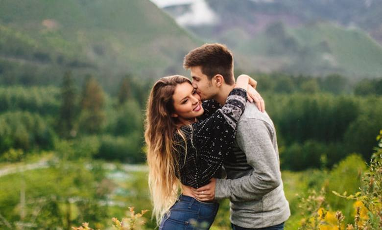 If He Do These 10 Things Know That He's Just Playing With Your Feelings