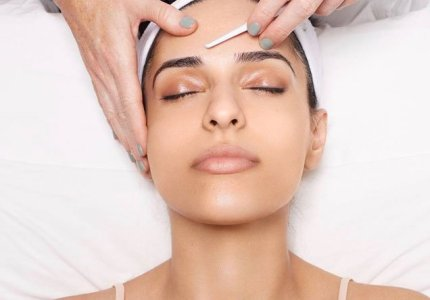 Dermaplaning – A professional approach