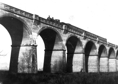 Crowhurst viaduct 13.1.1952 South bound train