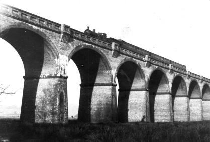Crowhurst viaduct 13.1.1952 South bound train