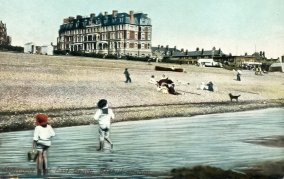 BBE-013 - Metropole and West Beach, Bexhill c1905