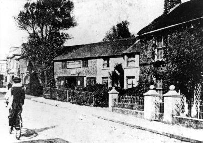 Beal's Blacksmith & Laurel House c1905