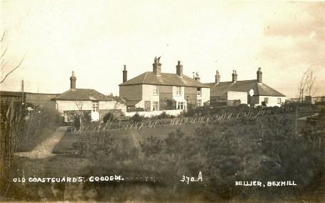 COA-005 - Old Coastguards, Cooden c1905