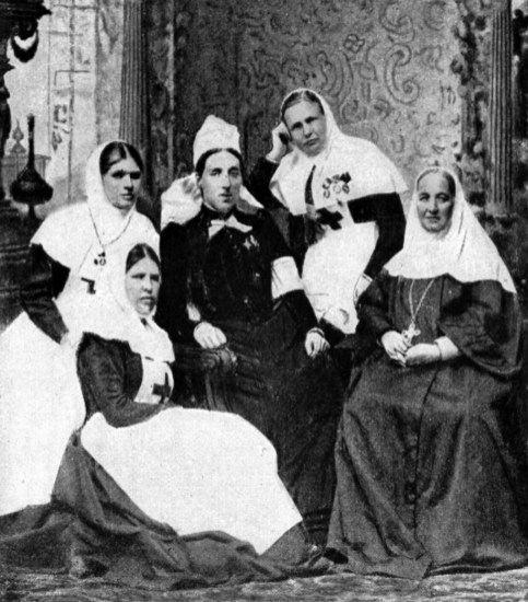 MAR-001 - Kate Marsden with nuns and nurses