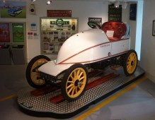 MUS-036 - M. Serpollet's 1902 Easter Egg car, in Bexhill Museum