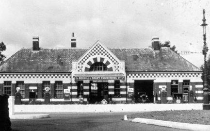 SID-034 - Sidley Railway Station c1950