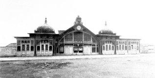 KUR-010 - Kursaal-Frontage, c1900-2