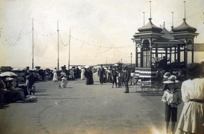 BWP-028 - West Parade & Shelter - c1903