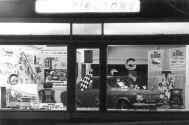 HO-003 - Showroom night time 1970s