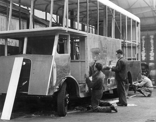 HO-049 - Ford Thames lorry nears completion