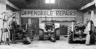 HO-051 - Tractor workshop