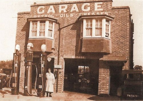 Prince's Garage, Mrs Easton c1934