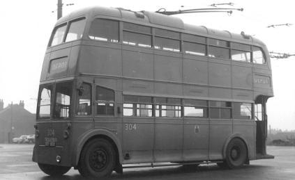 304 BDY808 in depot yard 22-11-1959
