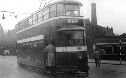 535 exLT2119 MET375 serv 16 to Wortley 1950s
