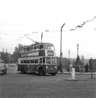 86 BDY809 serv to Barming in town centre