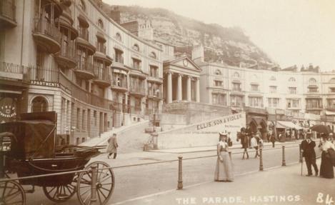 Pelham Crescent )Postcard) 27-7-1910