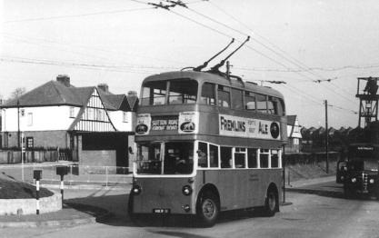 Trolley 72 Sutton Rd serv @ turning point, Barming