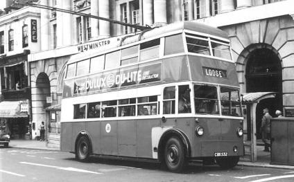 Trolley 83 Loose serv in town