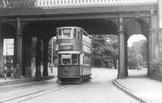 101 route 58 to Victoria @ Lordship Lane, post-war