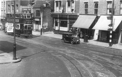 105 route 58 to Blackwall Tnl @ Camberwell S Junc 10-7-1949