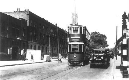 143 route 11 to Moorgate @ Canonbury-Essex Rd junc 25-7-1938