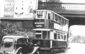 152 route 62 to Forest Hill @ Lordship Lane, post-war