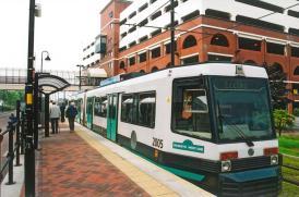 2005 @ Harbour City Stn on Eccles service