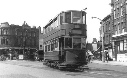 309 serv to Embankment, 5-7-1952