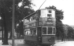 339 route 44 to Beresford Sq @ Woolwich Common, post-war