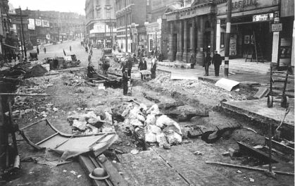 B3 restoring track St Johns Hill Clapham 10-1940