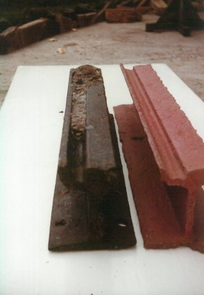 Painted & unpainted sections of track 3-1984