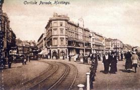 Seafront-Robertson st junc, tram going towards Memorial
