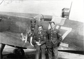 Flight-Sergeants, George Unwin DFM, and Jack Potter of 19 Squadron at RAF Duxford, 1939