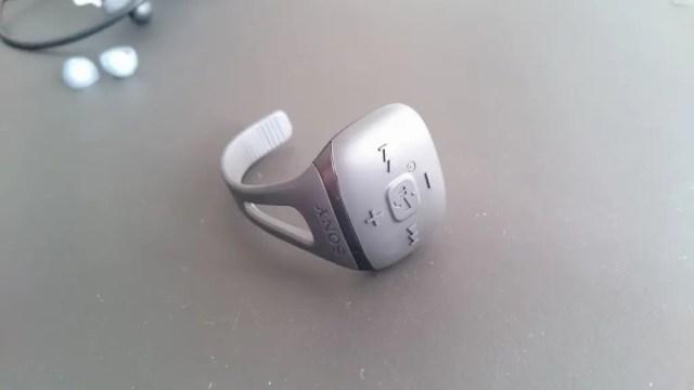 指輪型リモコン