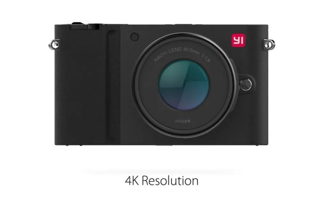 Xiaomi Yi Digital Camera M1 商品画像 平置き ブラック本体