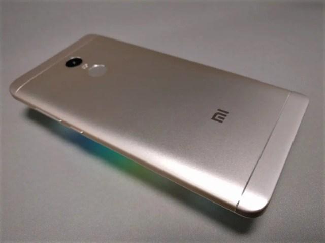 Xiaomi Redmi Note 4X 裏面 斜め左