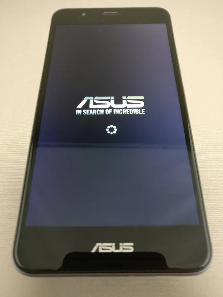 ASUS Zenfone Max 3 起動3