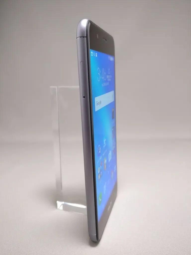ASUS Zenfone Max 3 表 12