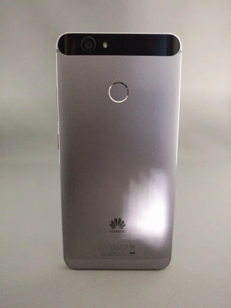 Huawei Nova 裏 正面 2