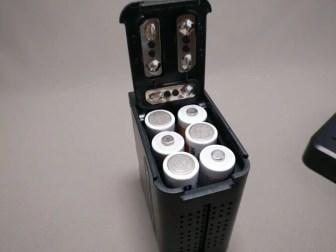 Andoer LEDビデオライト バッテリーケース 単3電池6本