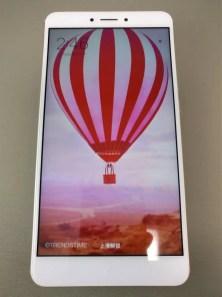 Xiaomi Mi Max 2 起動完了