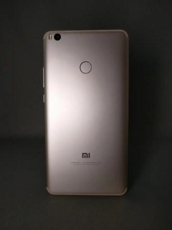 Xiaomi Mi Max 2 裏面 影8