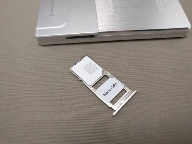 SATREND A10 GSM ミニカードフォン SIMスロット